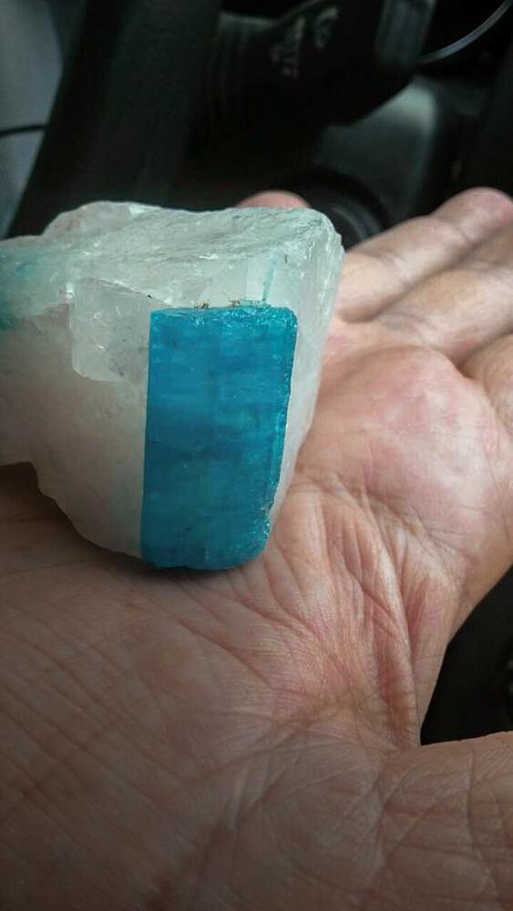 Aquamarin-kristall