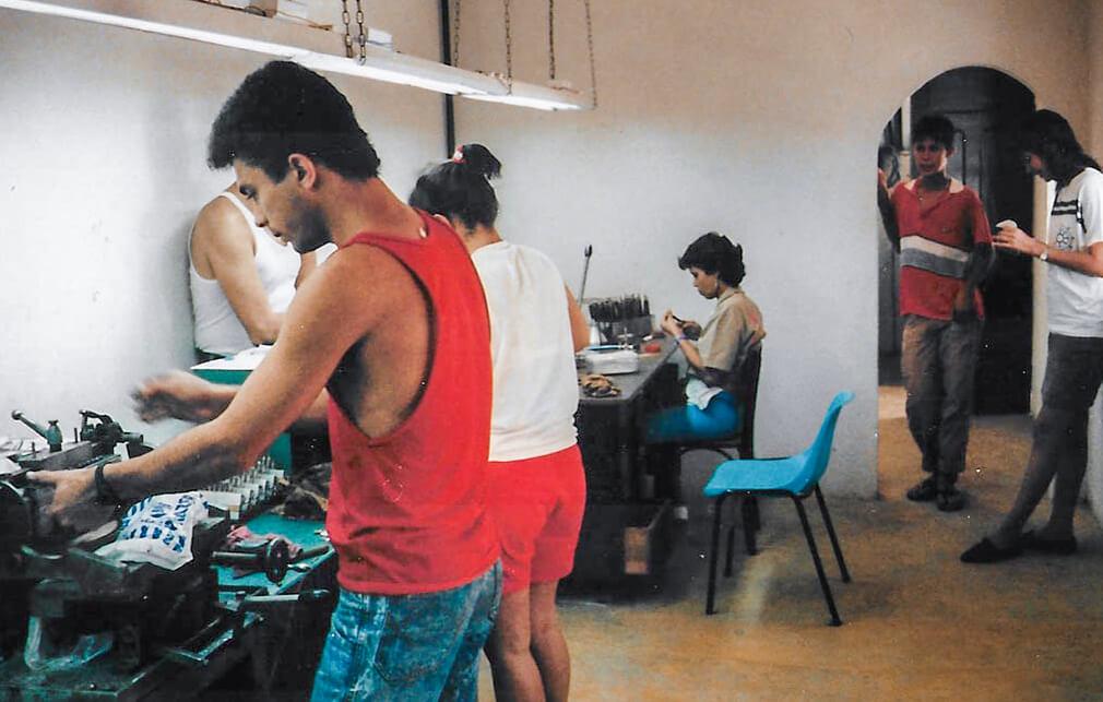 Unsere-erste-Werkstatt-bralillien-global