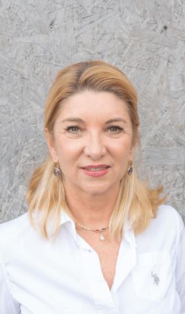 Andrea-Beauchamp-Edelstein-Expertin-Gemmologin