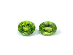 Peridot-Paar 4,83 ct. Alle Edelsteine kaufen Schmucksteine Edelsteine
